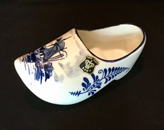 Delft's Blue Distal Clog Shoe