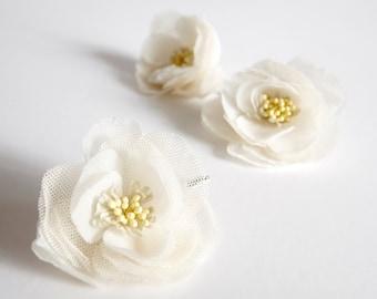 Bridal silk flower hair bobby pins, headpiece - Flower bobby pins, set for three, Ready to Ship