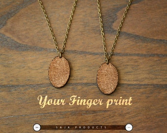 Personalized wooden Finger Print Necklace/ Finger print Jewelry/wooden Custom finger print jewelry