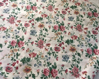 """Easy-Care 54"""" Sq French Floral Print Pink Burgundy Rose Blue Tablecloth Cotton Poly Blend"""