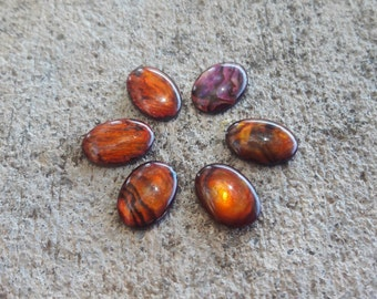Red Paua Shell Oval Cabochon 10 x 14 mm -  12 pcs (DX963)