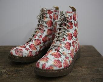 Dr Martens Women's Floral Flower Print Ankle Lace Up Combat Boots Size 10