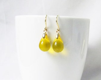 yellow earrings, yellow wedding, tear drop earrings, honey yellow bridesmaid earrings, yellow drop earrings, golden yellow earrings