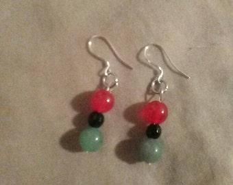 Jade and black pearl earrings
