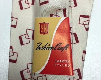 vintage NEW silk necktie from the Bon Marché Seattle