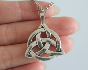 Celtic Necklace, Celtic Knot Necklace, Ancient Silver Celtic Jewelry 35*27mm