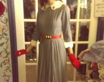 Vintage 1950s gray day dress with red belt. FREE SHIPPING!