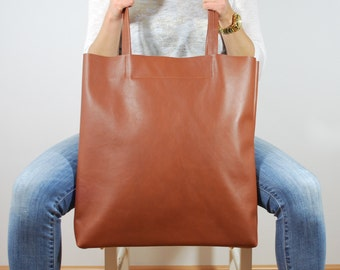 Simple Huge Genuine Leather Tote Minimalistic Style Chestnut Color