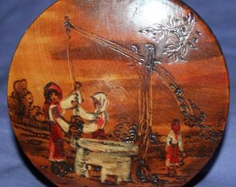 Vintage Romanian  hand made folk round wood box