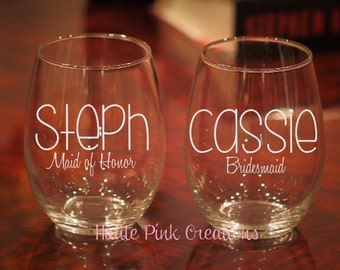 13 Etched Wine Glasses, Customized Wine Glass with Name, Personalized Bridesmaid Gift, Bridal Party, Wedding Glasses, Set of 13