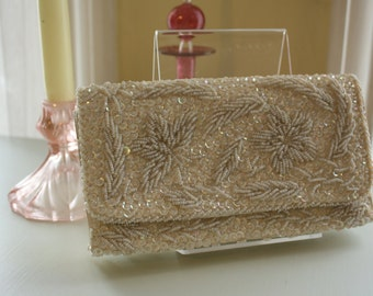 Vintage 1950s Sequin and Beaded bridal Clutch