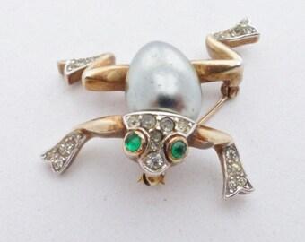 Crown Trifari Frog Brooch A Philippe Pat Pend rhinestones faux pearl AA682