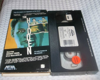 The HIDDEN  VHS Horror Movie Video, Cannibal, Parasite, SciFi Twin Peaks Star