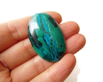chrysocolla cabochon, oval stone, turquoise green gem,  jewelry supplies, focal gemstone, 38 x 25 x 7 mm
