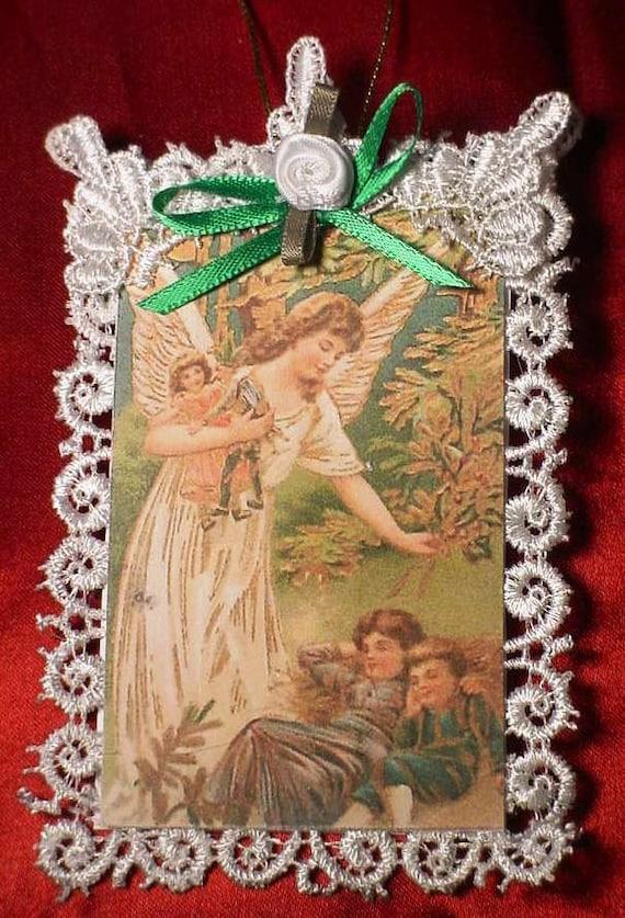New Handmade Vintage Style Victorian Christmas Card Tree