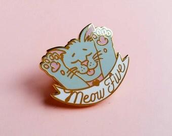 MEOW FIVE CAT Hard Enamel Lapel Pin