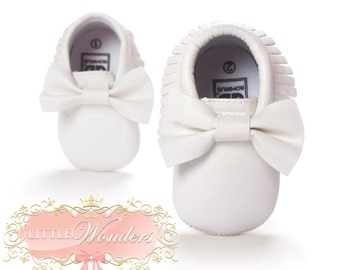 Baby Soft Sole White Bow Moccasins