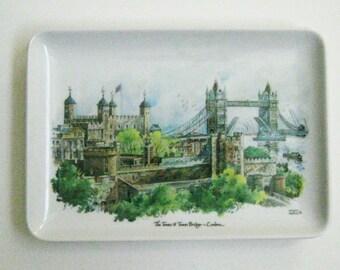 Vintage Melamaster Tray English Souvenir Tray Melamine Tower of London Tower Bridge Melamaster made in England London Memorabilia Pin Tray