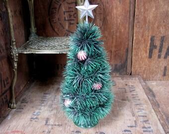Toilet Brush Tree, Christmas Tree, Mini Christmas Tree, Table Decor, Christmas Decor, Vintage Christmas, Small Tree, Tiny Tree, Kitsch Tree