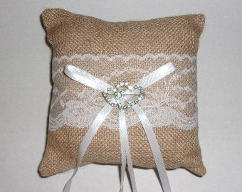 Burlap Ring Bearer Pillow, Burlap Pillow, Wedding, Wedding Decoration, RIng Bearer Pillow.