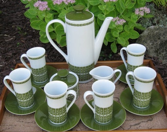 Excellent Vintage 1960's Coffee Set in Avocodo and White