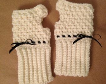 Pretty Crocheted Fingerless Gloves