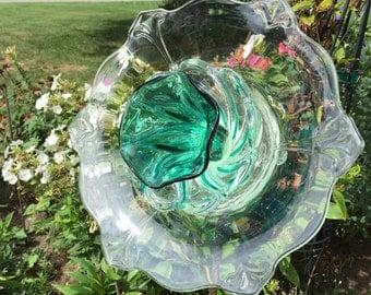 Glass garden flower stake head with 2-way display