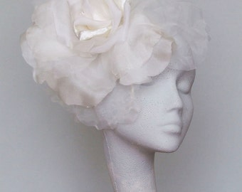 Ivory Fascinator Headpiece