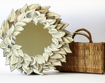 Dried Sunflower Round Mirror, handmade plywood frame, original pencil drawing, diameter: frame 29 cm, mirror 14 cm, ready to hang wall art