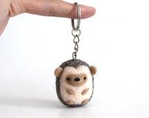 Hedgehog Keychain, Hedgehog Keyring, Hedgehog Gifts, Hedgehog Bag Charm Purse Charm, Needle Felt Hedgehog, Pygmy Hedgehog, Animal Keychain