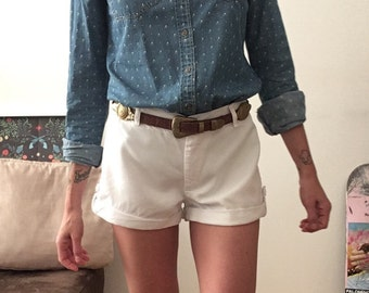 White shorts / White / High Waisted / Petite / Vintage