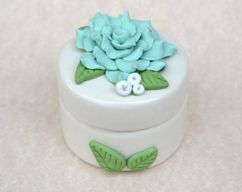 Polymer Clay, Polymer Clay Flowers, Polymer Clay Box, Flower Decor, Jewelry Box, Ceramic Box, Flower Ring Box, Small Ring Box, Wedding Box