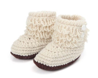 Baby Boots, Baby Crochet Boot/Shoes, Beige with Brown bottoms