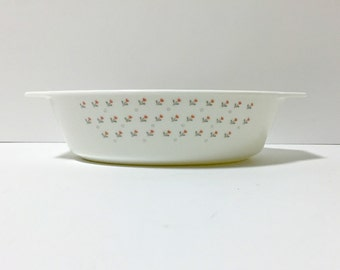 Laura Pyrex Casserole Dish