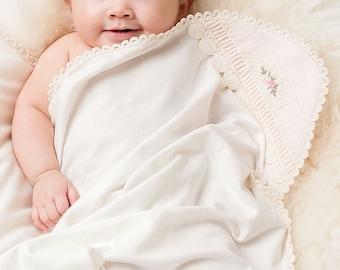 Ivory Lace Receiving Blanket 'Natalie'
