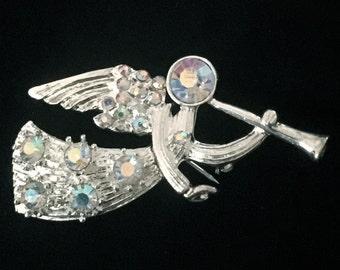 Aurora Borealis Rhinestone Angel Brooch      VG2315