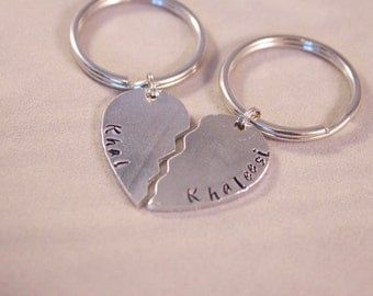 Khal, Khaleesi, Game of Thrones, Couples Keychain.  For game of throne fans and couples.  Couples gift.