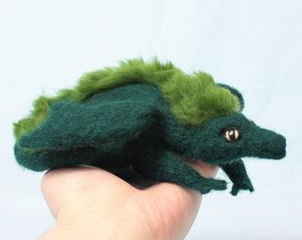 Dragon sculpture, green dragon figurine, dragon statue, wool dragon, fantasy creature, dragon art, dragon gift, needle felted dragon plush