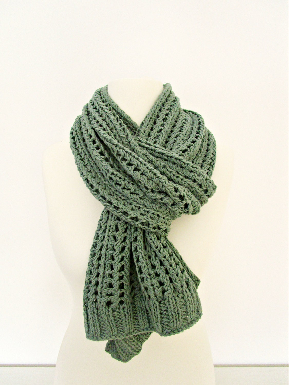 Knitted scarves are the perfect handmade gift: They're easy to make, one size fits all, and small imperfections give them charm. Plus, you can choose needle and yarn sizes to .