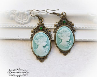 Bronze victorian gothic cameo earrings-gothic earrings-Vintage earrings-Cameo earrings-Victorian gothic jewelry