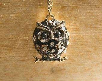 "Vintage Necklace ""Athene"" with Black Owl"