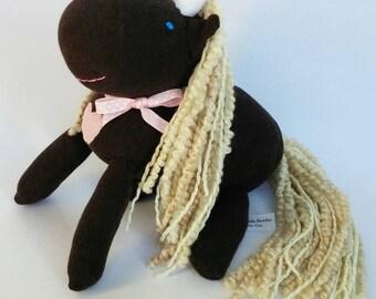 chaussette rose floue licorne avec laine par cuddlebuddiesforyou. Black Bedroom Furniture Sets. Home Design Ideas