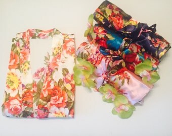 Bridesmaid floral robes-multicolored Flowers-9 colors-Floral Printed Kimono-Monogrammed bridal party robes~Set of 3