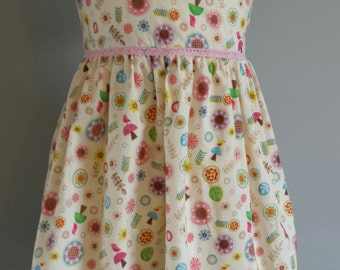 Cotton Prom style Dress in Cream with Woodland Scatter print. Age 3-4 years. Fully lined