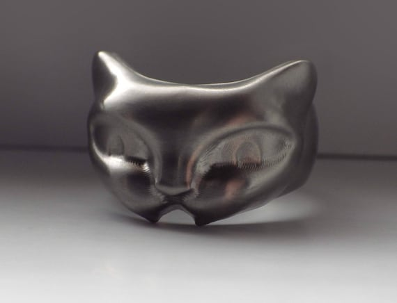 hissy fit cat 3d titanium bottle opener ring by petitanetitanium. Black Bedroom Furniture Sets. Home Design Ideas