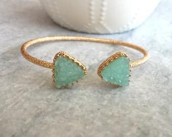 Green Druzy Cuff Bracelet, Druzy Bracelet, Green Druzy, Stone Cuff Bracelet, Gold Druzy Cuff Bracelet, Cuff Bracelet