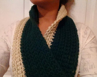 Two-Toned ChunkyCrochet Infinity Scarf - Forest Green and Cream
