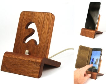 iPhone Dock (mahogany) for iPhones 5/6 with/without cases / Lightning Dock