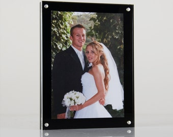 Acrylic Magnetic Perspex Picture Frame / Photo Frame / Sign Holder with black back panel | Premium acrylic | Made in the UK