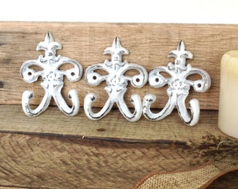 Rustic Farmhouse Key Hook - Shabby Chic Wall Hooks - Wall Necklace Holder - White Farmhouse Decor - Set Of 3 - Key Hanger - Wall Key Holder